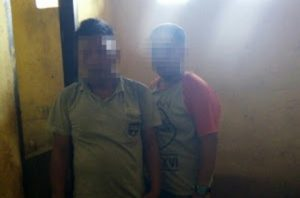 Dua tersangka penikaman di Konawe yang ditangkap di Polsek batuputih Kolaka Utara. FOTO : IS