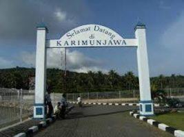 Pintu gerbang masuk Karimun Jawa setelah dari pelabuhan Kapal cepat. FOTO : DSW