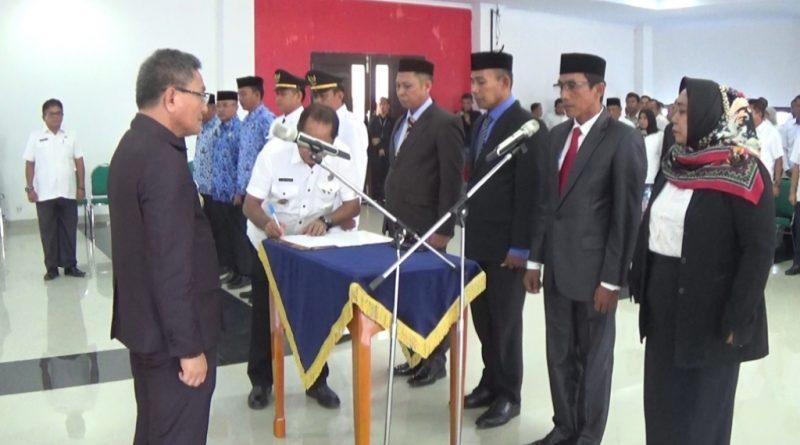 Hasil Seleksi Asesmen, Bupati Koltim Lantik 12 Pejabat