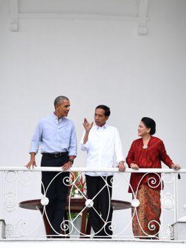 Dengan Suguhan Teh dan Bakso, Presiden Jokowi Terima Obama di Kebun Raya Bogor