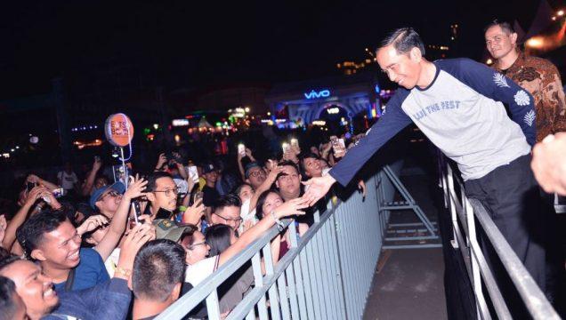Tonton Konser Musik We The Fest 2017 Presiden Jokowi Pantau Perkembangan Industri Kreatif