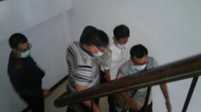 Tiga Orang Diduga KPK Datangi Ruangan Kepala BPKAD Pemkot Kendari