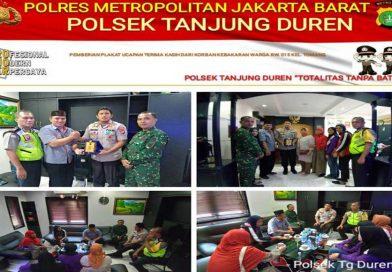 Kerap Bantu Korban Kebakaran, Polsek Tanjung Duren Terima Penghargaan dari Warga