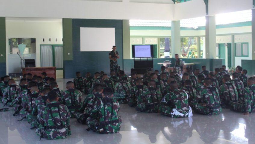 Prajurit TNI Yonif 725 Wrg Terima Sosialisasi Kesehatan