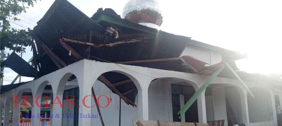 17 Bangunan di Buteng Rusak Disapu Angin Puting Beliung