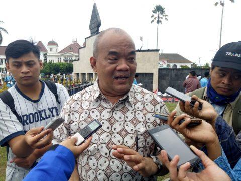Wakil Gubernur Daerah Istimewa Yogyakarta, Kanjeng Gusti Paku Alam X saat diwawancara sejumlah awak media. FOTO : NADHIR ATTAMIMI