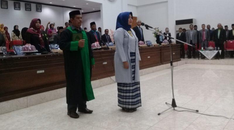 Yolandi Sasrianti Rahim, Resmi Dilantik Jadi Anggota DPRD Buton
