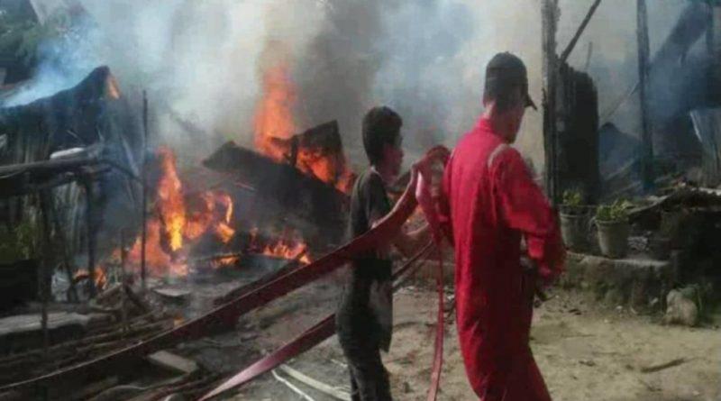 Satu Unit Rumah Ludes Terbakar di Kolaka