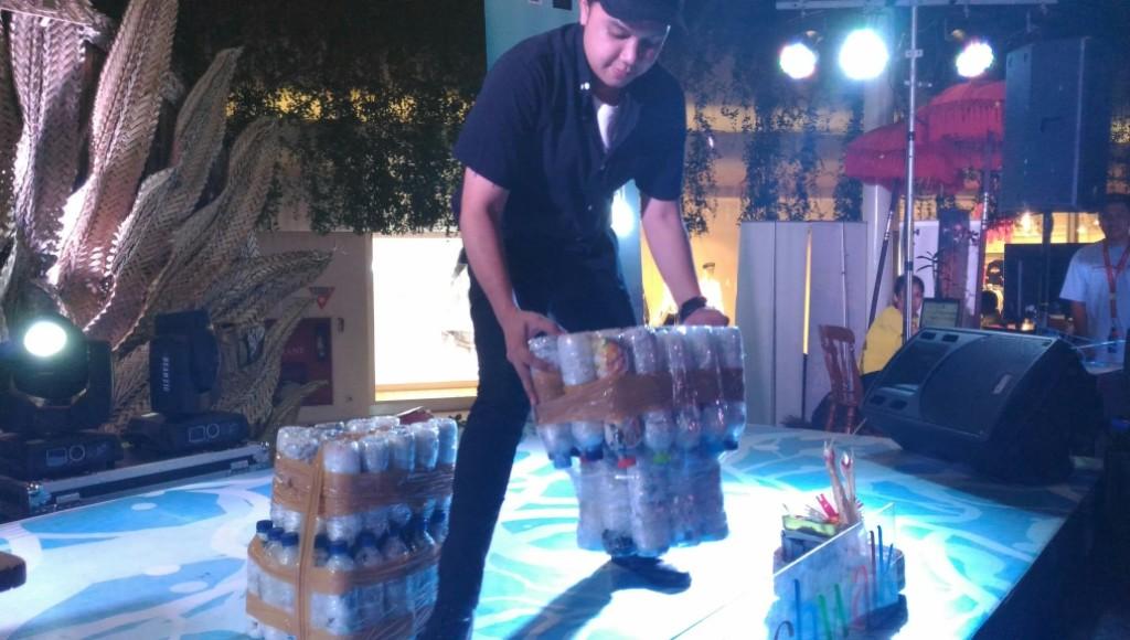 EH Bali Unjuk Gigi Olah Sampah Plastik Jadi Eco-Brick