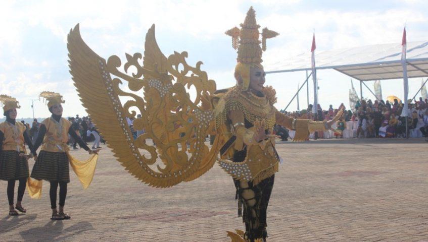 Seruhnya Atraksi Budaya Maritim Pada Festival Wakatobi Wave 2019