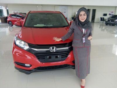 salah satu Jenis Mobil Jenis Honda yang dijual di Distributor yang berhadiah Motor. FOTO :BAIM