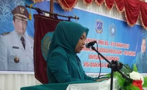 Ketua Tim Penggerak PKK Kabupaten Muna Yanti Setiawati Rusman Emba. FOTO : ROS