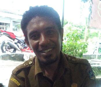 Kepala Desa Lubulawa kecamatan pasir Putih Kabupaten muna la ode Indra FOTO : ROS