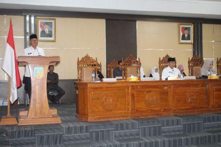 Anggota DPRD Diaula Sidang Paripurna DPRD Konsel. FOTO : MAHIDIN
