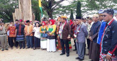 Rumah Adat Barugano Wuna Diresmikan, Plt Gubernur Sultra Apresiasi Bupati