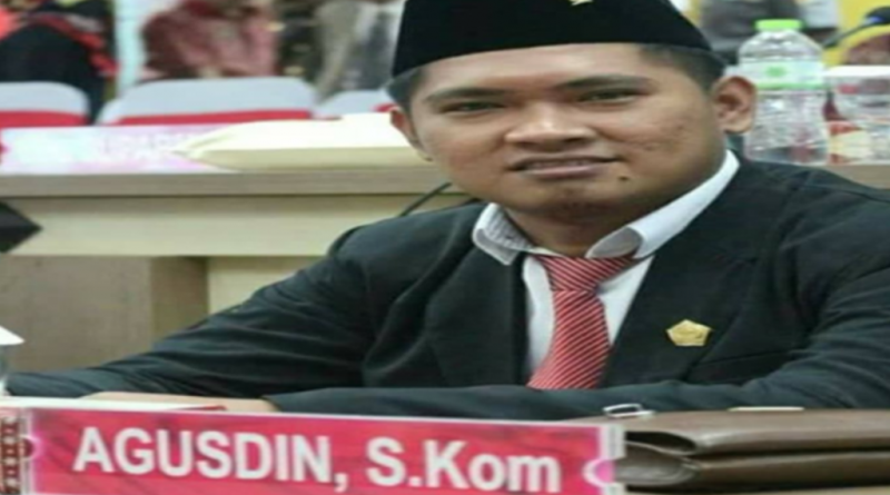 Agusdin, Anak Muda Yang Sebentar Lagi Menjabat Ketua DPRD Kolut