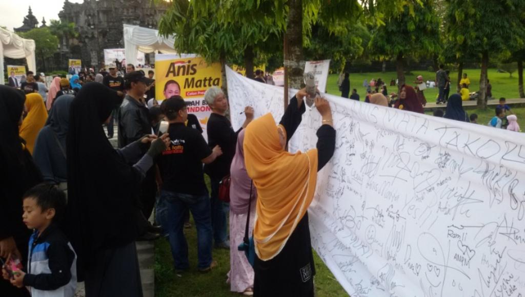 Ratusan Warga Bali Hadiri Deklarasi Relawan Anis Matta
