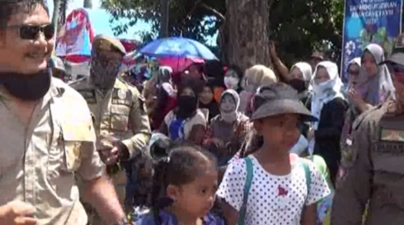 Dua Bocah di Kolaka Ditinggal Ortunya Saat Gerak Jalan Berlangsung