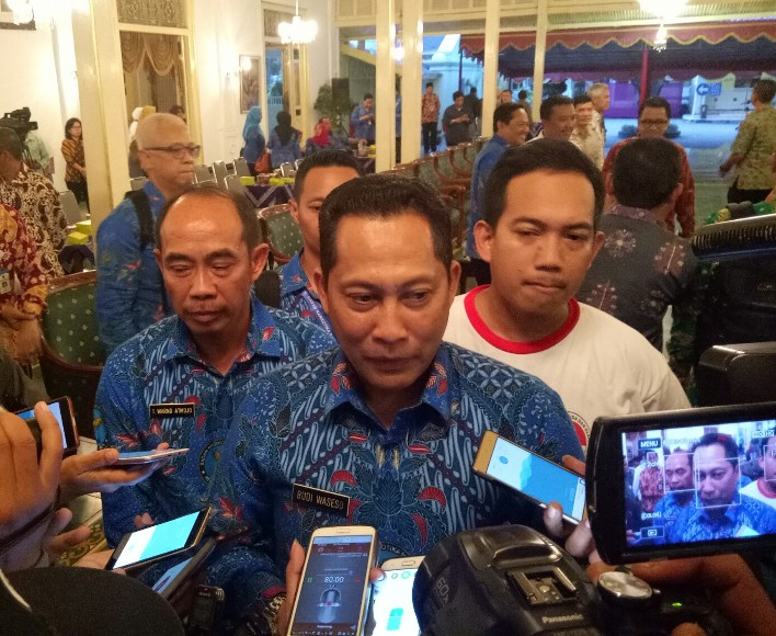 Kepala BNN RI Budi Waseso saat memberikan keterangan pers saat hadir pengukuhan pemuda anti narkoba di DIY. FOTO : NADHIR ATTAMIMI