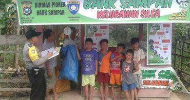Bank Sampah Bhabinkamtibmas di Kolaka Cegah Banjir Tingkatkan Ekonomi