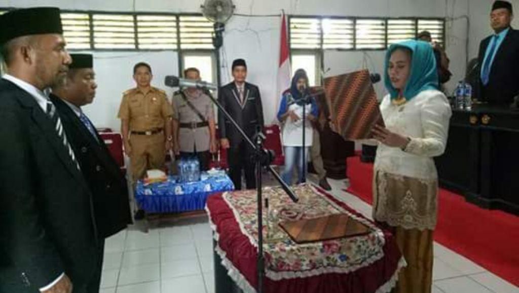 Ketua DPRD Mubar Lantik Dua Anggota