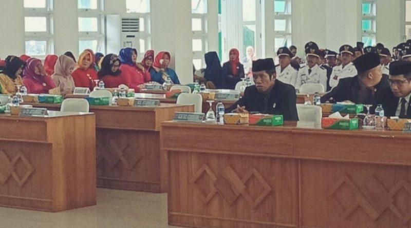 12 Anggota DPRD Absen Saat Rapat Paripurna HUT Butur