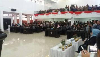 Suasana rapat paripurna pergantian ketua DPRD Konawe