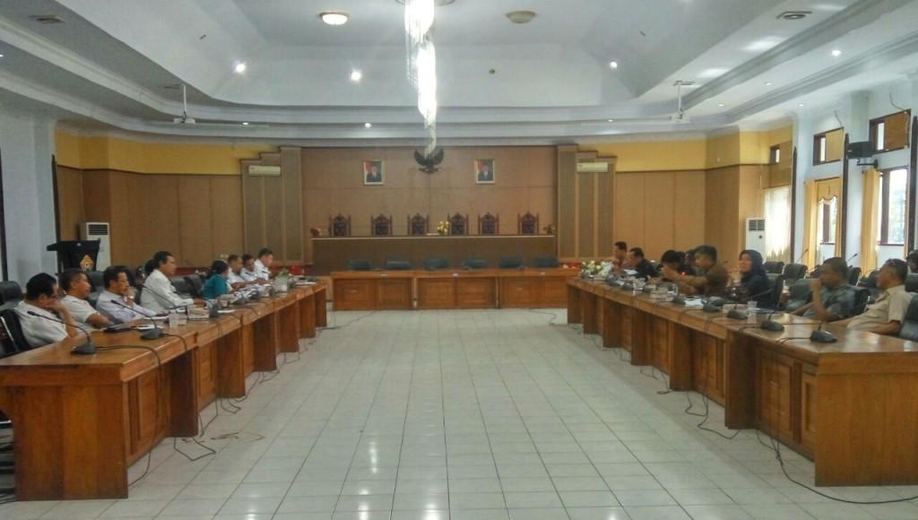 Pansus DPRD Sultra Kumpul Data Penerbitan IUP, Janji Tuntaskan Masalah Tambang