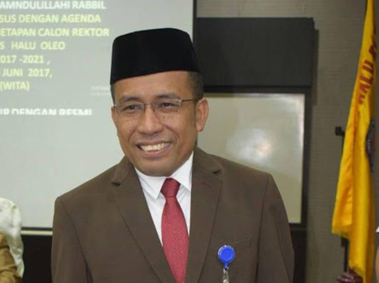 Rektor UHO DR Muh Zamrun . FOTO : LM FAISAL