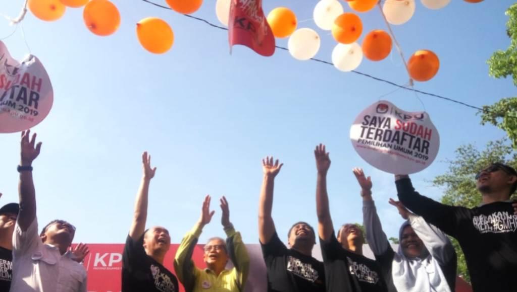 Video : Ratusan Warga Antusias Ikuti GMHP yang Digelar KPU Sultra