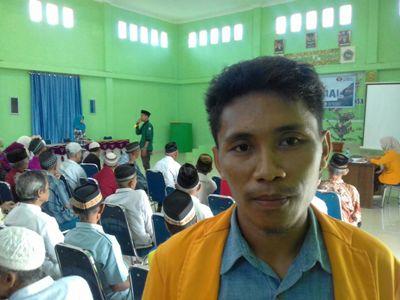 Ketua Panitia Bhakti Sosial Aladin Tandu. FOTO : ILHAM