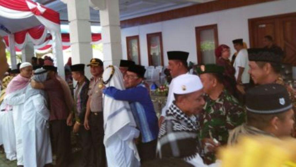 112 Jamaah Haji Asal Wakatobi Tiba