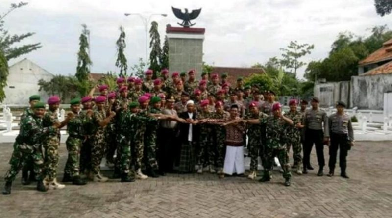 Jelang HUT Korps Marinir, Prajurit Pasmar - 1 Ziarah Ke TMP