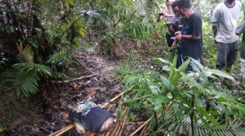 Mayat Wanita Ditemukan di Hutan Dalam Posisi Sujud Tampa Busana