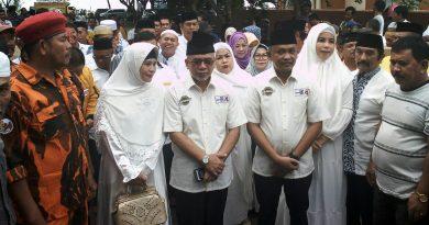 Ilham-Sahabuddin Mendaftar di KPU