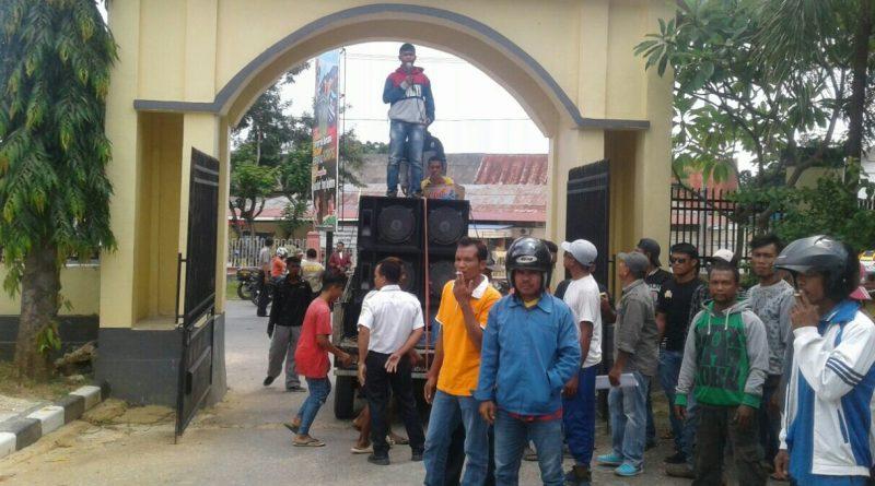"""Kejari Raha Diduga """"Main"""" dalam Dugaan Korupsi Kepala Desa Lambiku"""