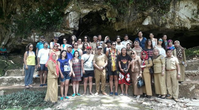 22 Wistawan Asing Kunjungi Destinasi Wisata di Muna