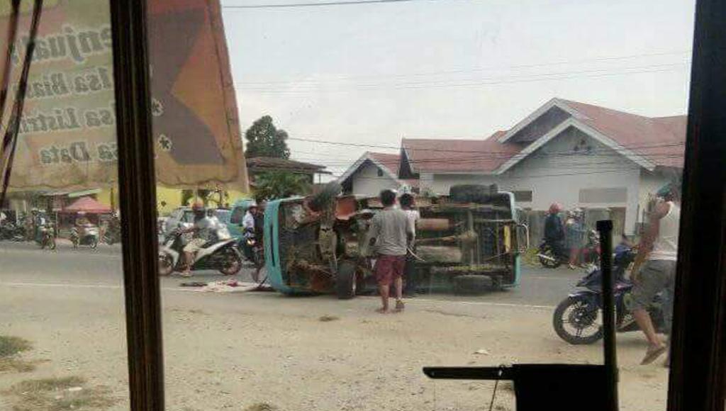 Kecelakaan Mobil Angkot di Kolaka, 1 Penumpang Tewas di Tempat