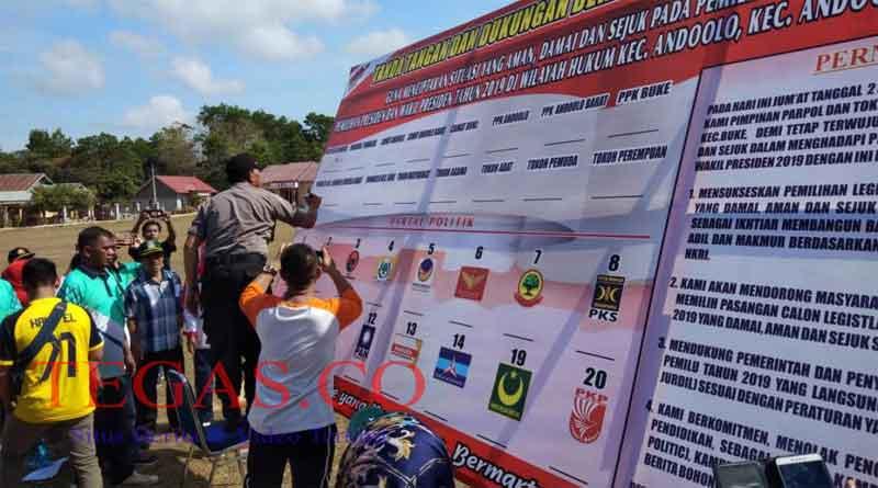 Polsek Andoolo Bersama PPK Tiga Kecamatan Gelar Deklarasi Pemilu Damai