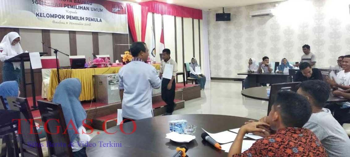 KPU Baubau Gelar Reka Pemilihan Suara di TPS untuk Pemilih Pemula