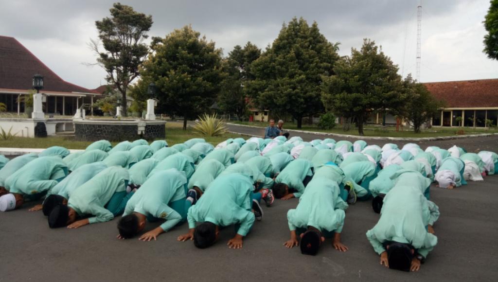 UN, Siswa MTS Maarif Dlingo Lulus 100 Persen
