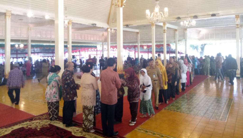 Sultan HB X Open House, Ribuan Masyarakat Padati Kepatihan Yogyakarta