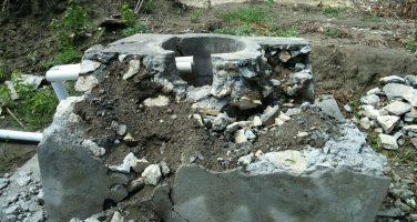 Pembangunan Sumuran Saluran Irigasi Desa WD. Angkalo Ambruk