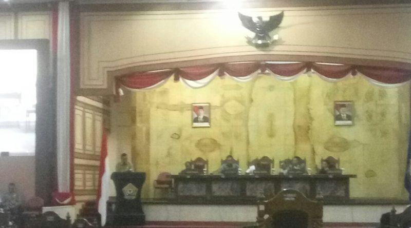 Jawaban Gubernur Atas Tanggapan Fraksi Rancangan APBD Sultra 2018