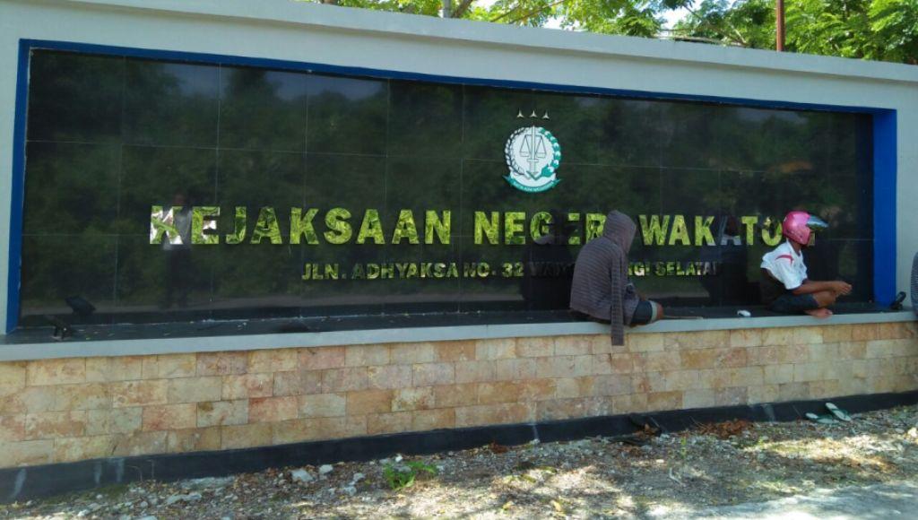 Kejaksaan Wakatobi Didesak Usut Dugaan Kasus Korupsi Kades Tampara dan Lentea