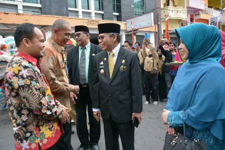 Tim Penilai Lomba kelurahan Tingkat provinsi saat hadi di kota parepare dalam rangka melakukan penilaian. FOTO : JERI