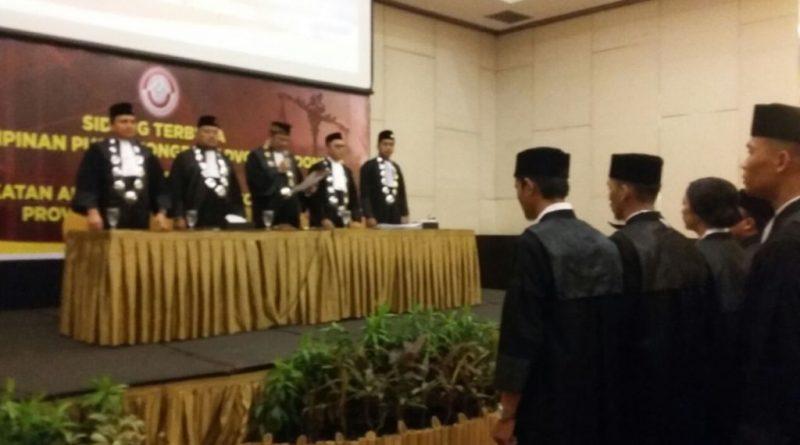 KAI Pusat, Resmi Lantik 25 Anggota Advokat di Kendari