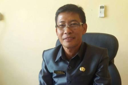 Plt Kadis Dikbud Konsel Dr. Busnawir. FOTO : MAHIDIN