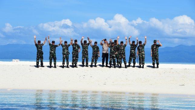 Para Jenderal TNI Kagum Pesona Alam Morotai