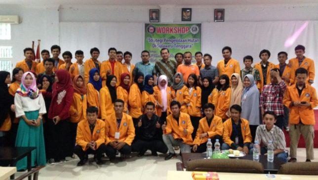 Workshop, FHIL UHO Cari Solusi Tanggap Kerusakan Hutan di Sultra